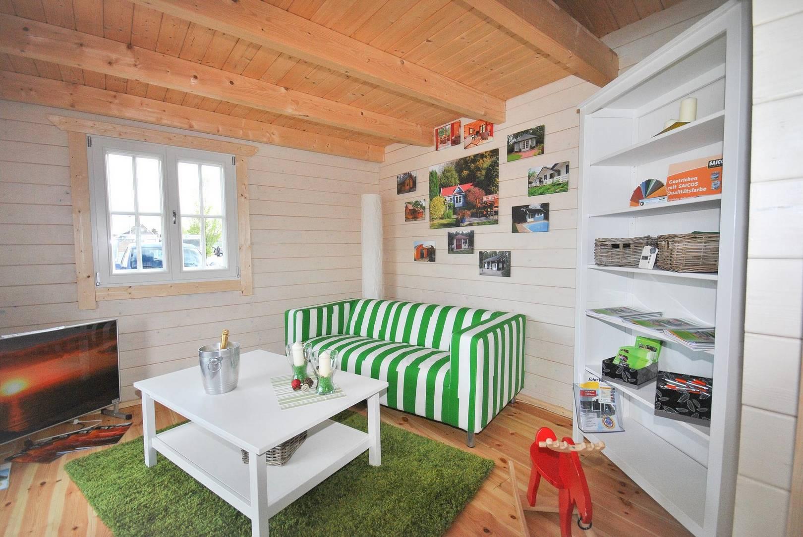 Ein Ferienhaus aus Holz für Feriendörfer