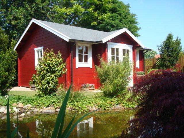 Das neue Gartenhaus als Blickfang